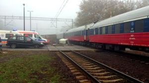 Ciężarówka wjechała pod pociąg z Moskwy
