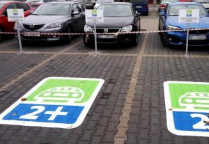 Weź sąsiada, będziesz miał gdzie zaparkować