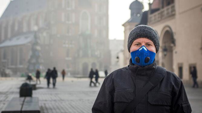 Przed smogiem chronią nas między innymi maski